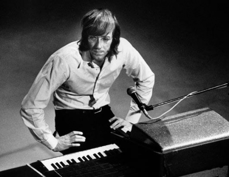 Doors Founder Ray Manzarek Dies, Oklahoma Twister Disaster, DeCoatsworth Accused in 2012